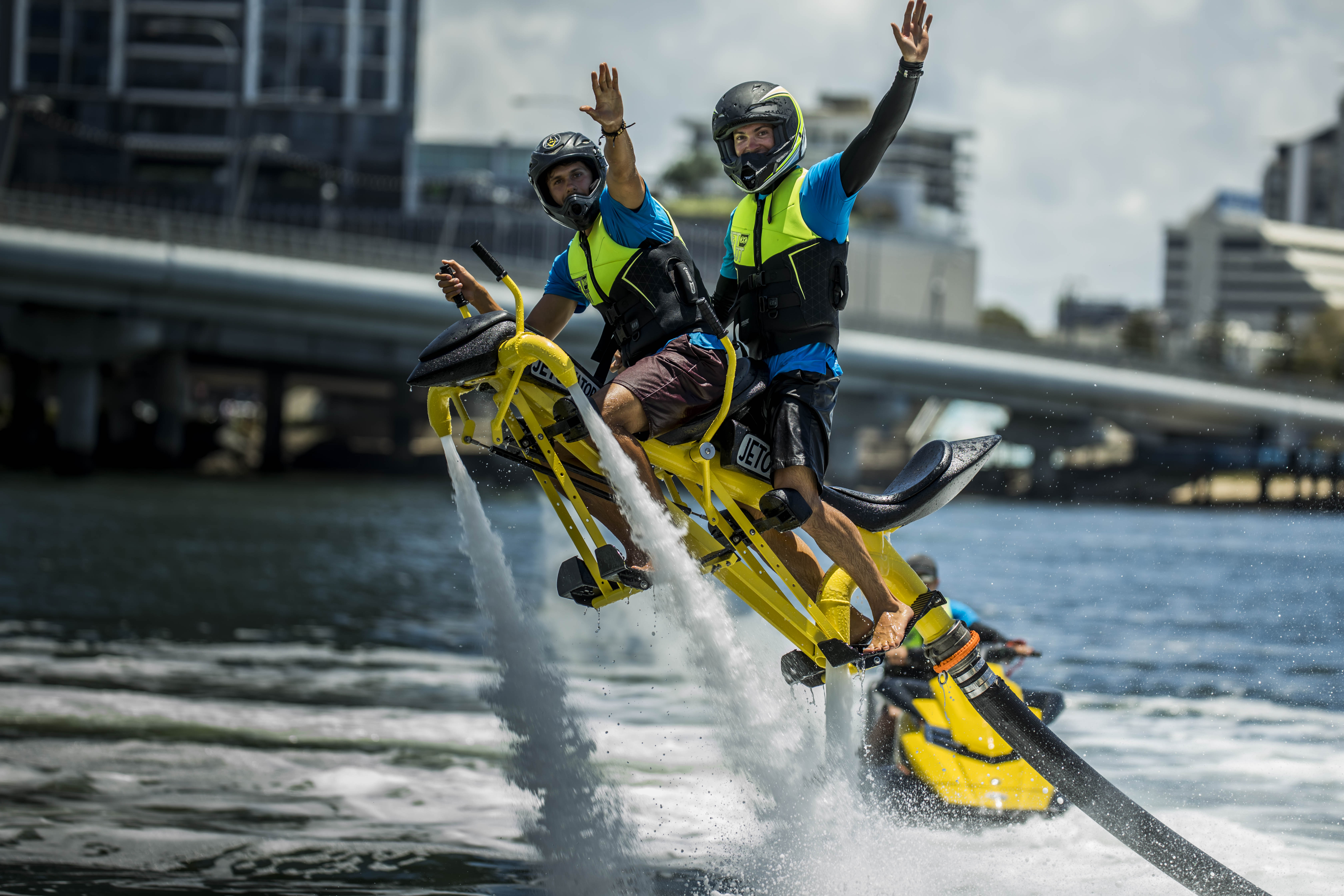 Tandem Jetovator - The Jetpack for 2 people!